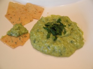 Avocado puree and homemade crackers
